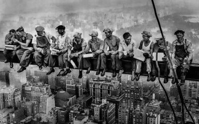 'Almuerzo en lo alto de un rascacielos', misterio y polémica de una foto histórica