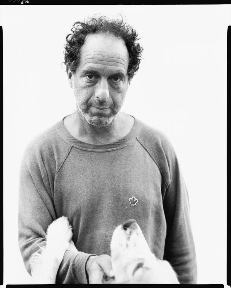 El fotógrafo Robert Frank posa en un retrato hecho por Richard Avedon