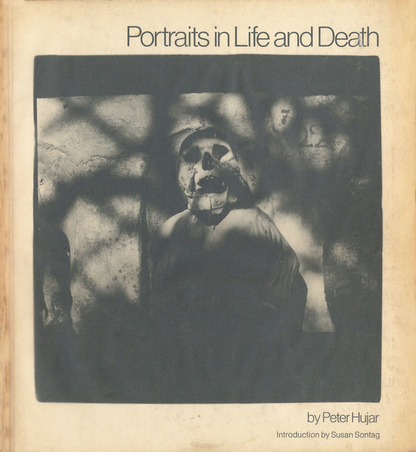 Portada del libro 'Retratos de vida y muerte' (Portraits in life and death)