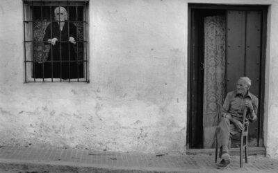 De la reivindicación a la denuncia: seis fotografías de seis fotógrafas que reflejan lo que ha supuesto ser mujer a lo largo del siglo XX