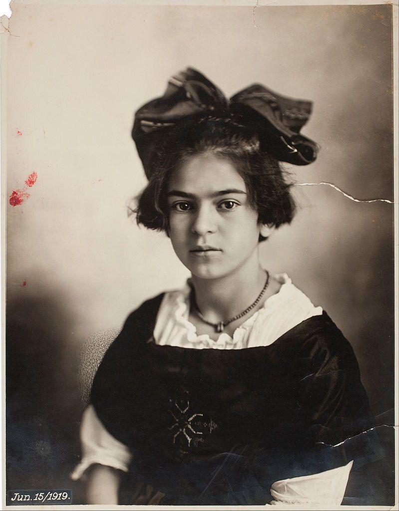 Frida Kahlo, a los 6 años. Foto: Guillermo Kahlo.